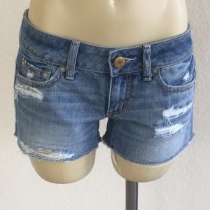 American Eagle Destroyed Jean Shorts size 2!